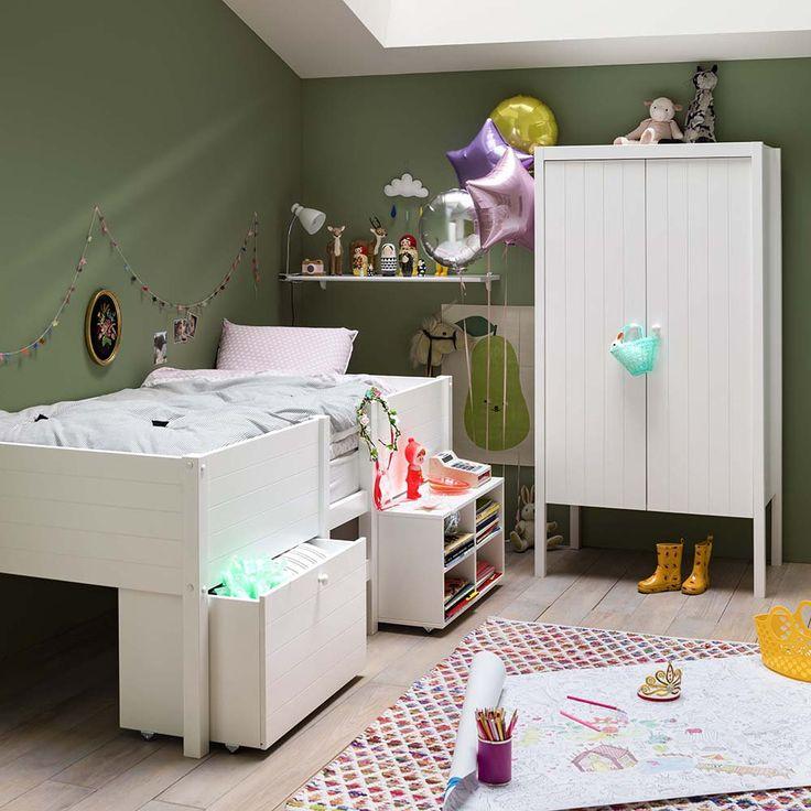 trendy armoire enfant fly blanche et droite avec pied with lit enfant interiors. Black Bedroom Furniture Sets. Home Design Ideas