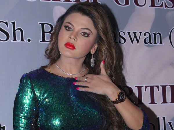 Memory loss, wish to win against Donald Trump and what not, Rakhi Sawant mouths out!
