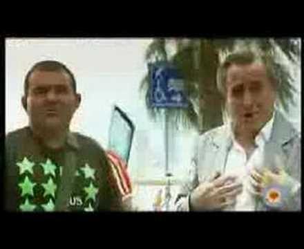 """▶ El Koala & Manolo Escobar - Mi carro - YouTube Excellente cette parodie pour travailler la """"rr"""": mi carro me lo robaron estando de romería... dónde estará mi carro..."""