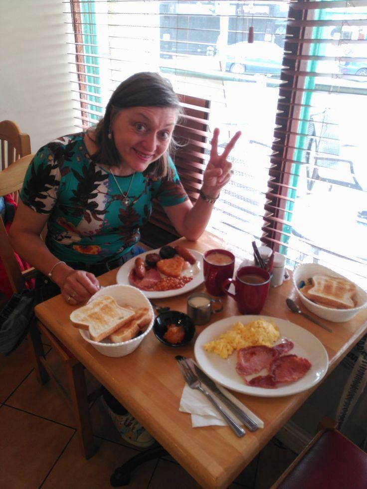 Un Irish breakfast para empezar el día en Cork IRLANDA. Aprende inglés VIVIENDOLO. www.cursosinglesirlanda.es