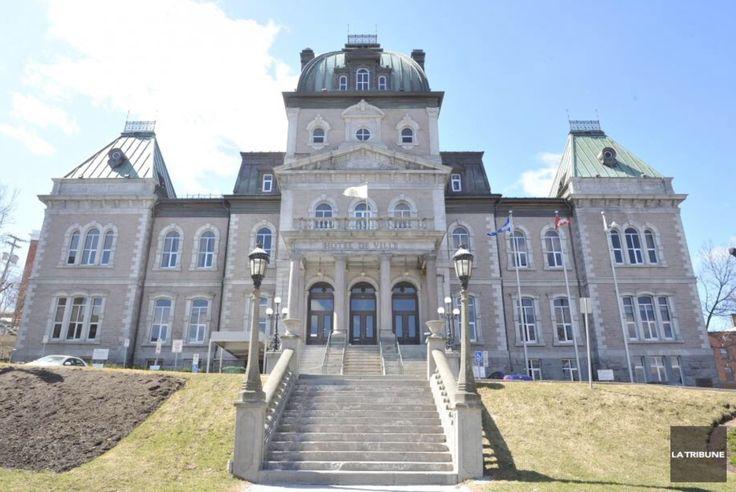 Hôtel de Ville de Sherbrooke, Qc.
