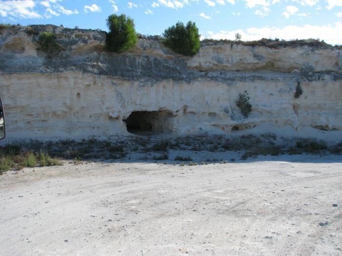 robben-island-lime-quarry.jpg 700×525 pixels