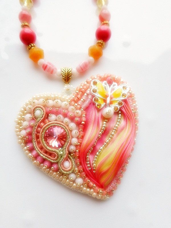 SHIBORI silk ribbon heart Bead embroidery peach