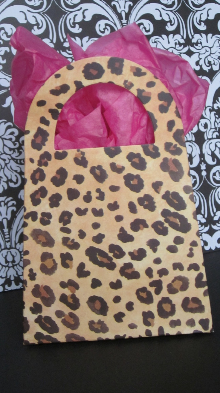 10 Leopard Cheetah Print party favor purse boxes. $6.99, via Etsy.