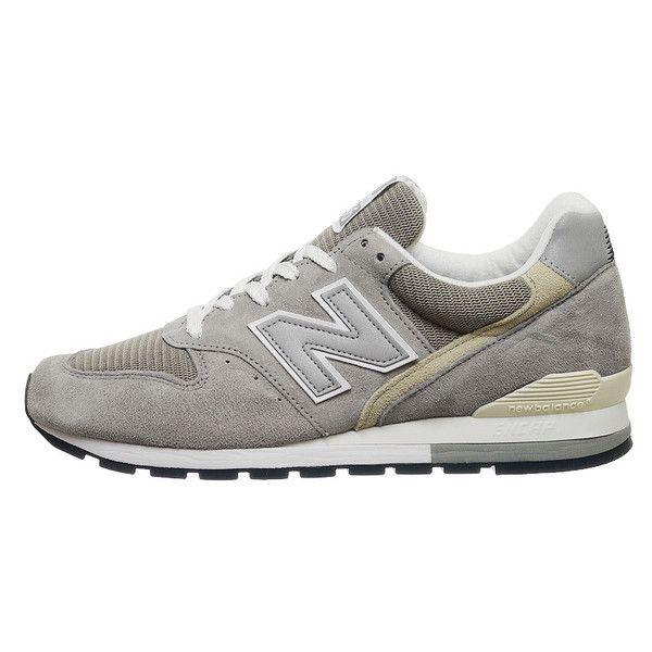 New Balance 996 featuring Grey