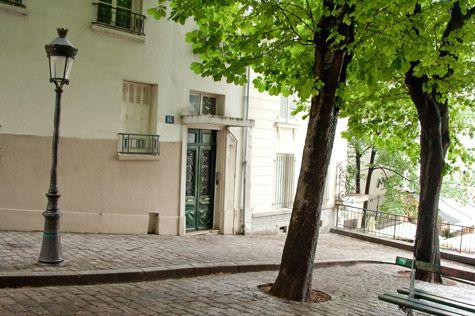 Place Émile-Goudeau -16 rue Ravignan (Montmartre): SUR LES PAS D'ALBERT CAMUS: http://quefaire.paris.fr/articles/48