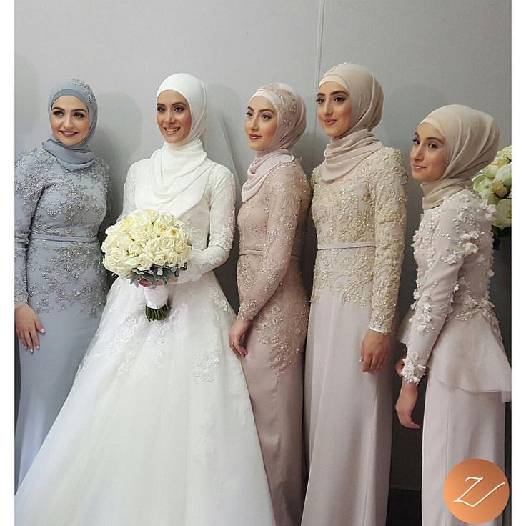 "Veiled By Zara ✨ on Instagram: ""Hijab styling, on these 5 beauties yesterday! More photos will be posted soon. X #veiledbyzara Brides dress: @bridesbyfrancesca The rest of the ladies are dressed in: @halathelabel"""