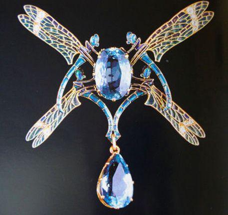 Libellule,spilla in oro, topazio e diamanti, René Lalique,1904-1905 (Quimper, collection du musée des Beaux-Arts)