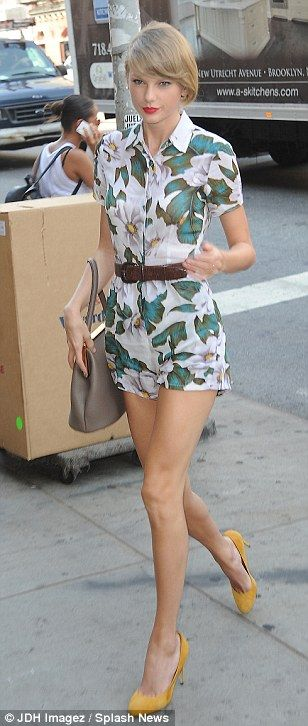 #casualwear #streetstyle | Taylor Swift in a Topshop floral print belted romper paired with Dolce  Gabbana yellow pumps