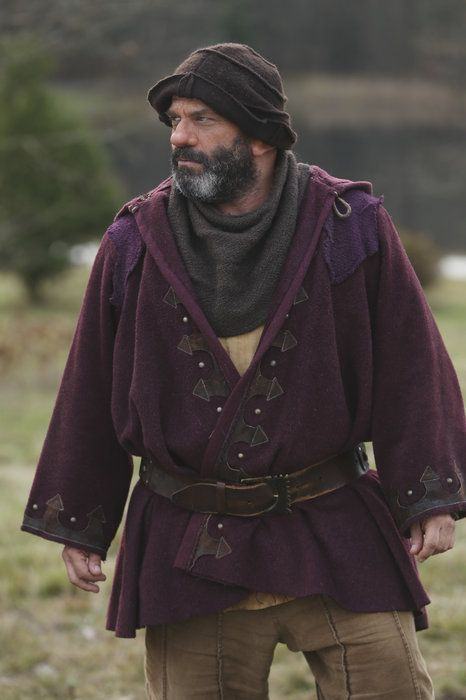 Episode 312: New York City Serenade Once Upon a Time Season 3 Pictures & Character Photos - ABC.com - Grumpy <3  He is one of my fav's <3