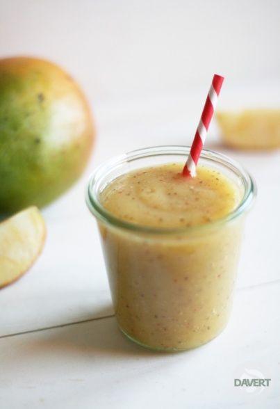 Chia-Smoothie mit Mango & Apfel