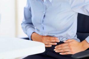 Вздутие живота после еды - причины и лечение