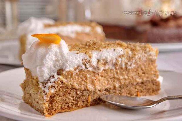 Za Vasinu tortu kažu da je autentična srpska torta čiji recept datira još iz davne 1908. godine. Sastojci Kora: - 5 jaja - 60 g šećera - 1 ka