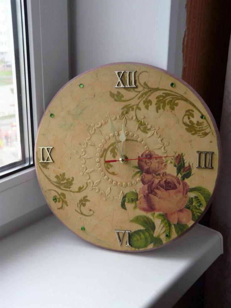 Часы «Гармония розы» http://dcpg.ru/blogs/1397/ Click on photo to see more! Нажмите на фото чтобы увидеть больше! decoupage art craft handmade home decor DIY do it yourself clock