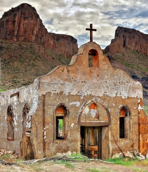 Church in the Big Bend, Texas, USA Beautiful country...and the smell of Sage..omgosh! nature at it's most desolate, yet so mysterious.  Terlingua, Texas