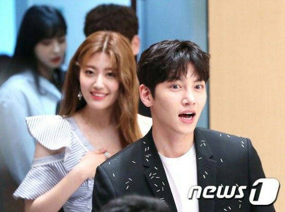 "[Drama] ""Suspicious Partner"" press conference, 10 May 2017 (image heavy)"