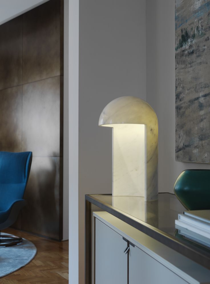 Milano 2015. Table lamp by Carlo Colombo made from Carrara statue marble.