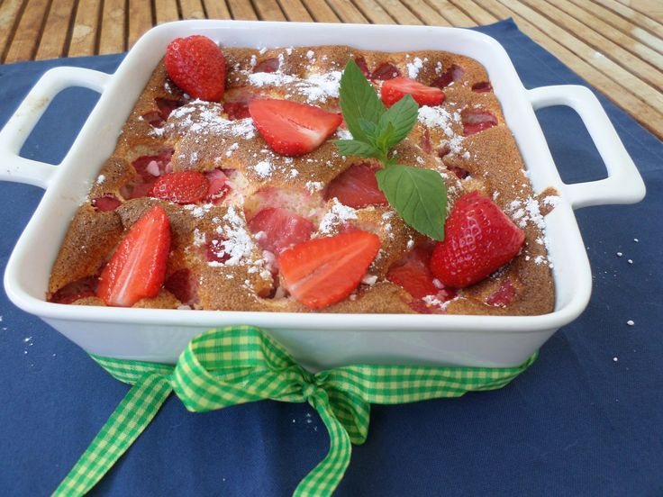 Banana-Strawberry dessert oven-baked