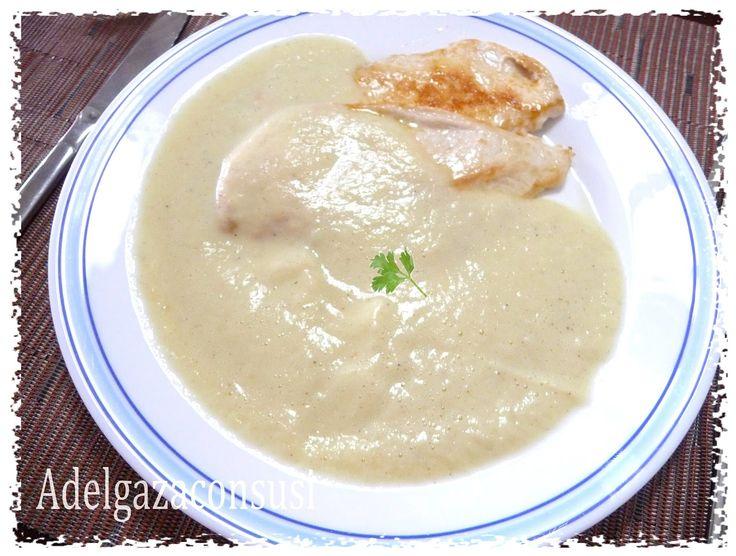 Bechamel de calabacín + pechugas de pollo (1 pechuga )    Cals: 194kcal | Grasa: 7,41g | Carbh: 7,54g | Prot: 23,89g   No se vosotros p...