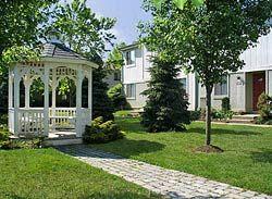 Yardley Hills Apartments