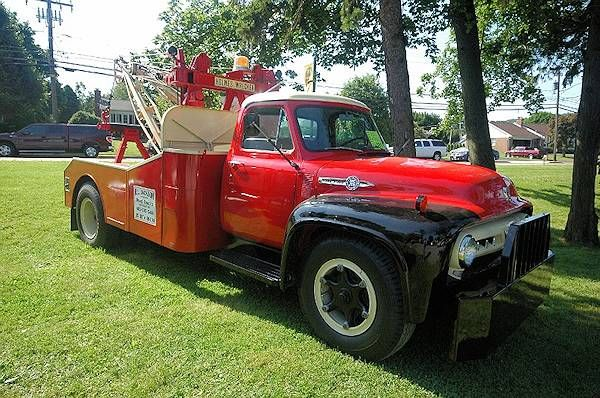 vintage tow trucks and wreckers you need a pickup to pickup pinterest tow truck classic. Black Bedroom Furniture Sets. Home Design Ideas