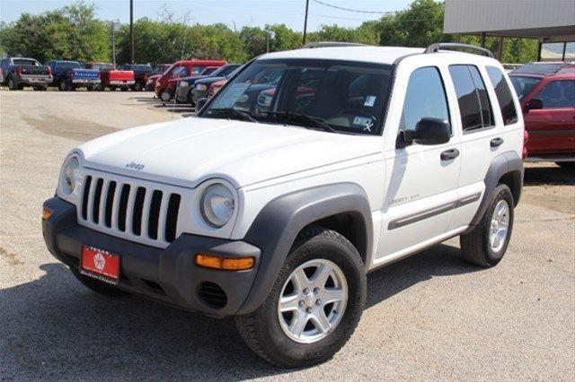 2003 Jeep Liberty, White, 16488074 $6,999 3.7L V6 24mpg $175 125,000 miles