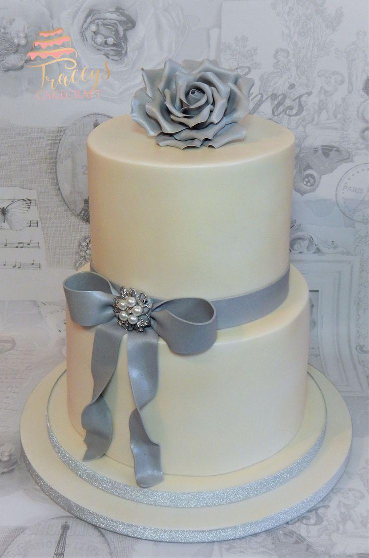2 tier ivory & silver grey wedding cake