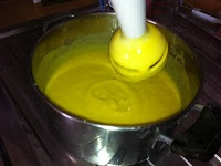 Gli Alchimisti: SAPONE LIQUIDO IDRATANTE DELICATO - Ricetta semplice per un sapone pronto all'uso in 2 ore!