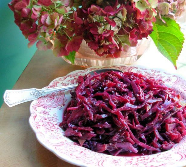Crock Pot Baked Spiced Red Cabbage With Apples or Pears. #Paleo sub maple syrup for brown sugar
