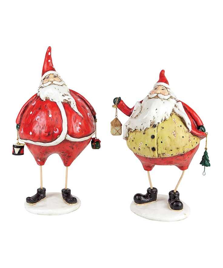 Round Santa Figurine Set, just because the holidays are over doesn't mean you can't enjoy Santa! See for yourself at the Berkshire Museum. #BerkshireCollects