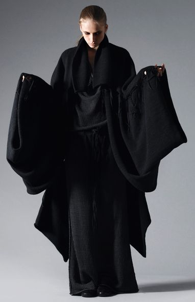 Shape & Volume - Japanese-inspired knitwear with voluminous proportions; sculptural fashion // Lars Andersson