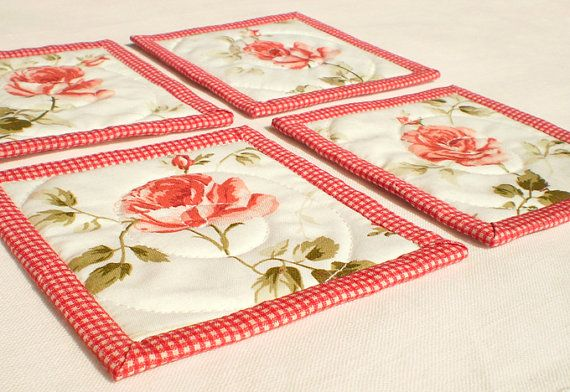 Summer Fabric Coaster or Candle Mat Set Quilted by PatchworkMill, $15.00: Quilts Fabrics, Spring Red, Sets Quilts, Fabrics Coasters, Mats Sets, Coasters Spring, Red Rose, Rugs Coasters Minis Quilts, Candles Mats