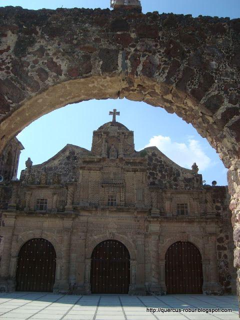 Iglesia de la Santa Cruz (Santa Cruz de las Flores)
