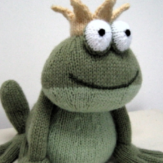 Free Frog Knitting Pattern : 17 Best images about Knitted Toy Patterns on Pinterest Free pattern, Knit p...