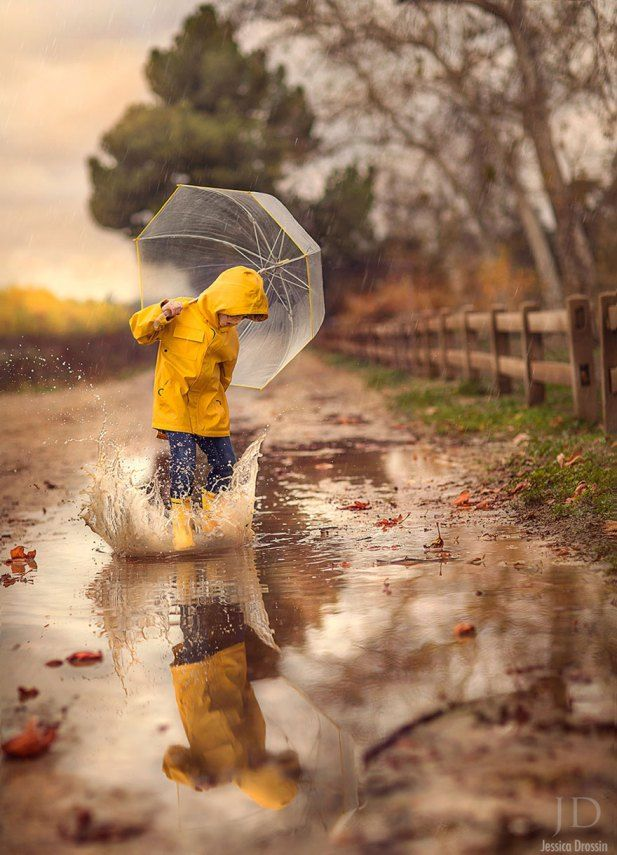 foto bambini pioggia