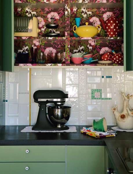 Oooooooooooh, wallpapered cabinet interiors! Via Vintage Home.
