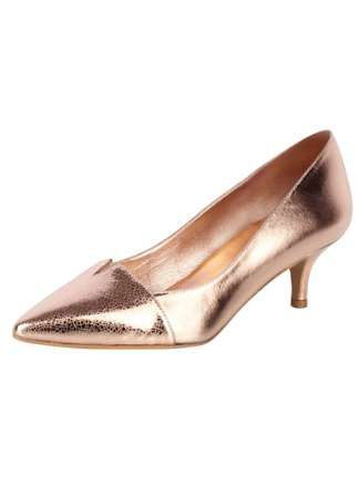 Heine Patrizia Dini Patrizia Dini Metallic Court Shoes Stunning court shoes hand made in Spain. In a metallic, antique look with a cute kitten heel. Patrizia Dini Shoe Features: Upper, lining and sock: Leather Sole: Other materials Heel height approx. 5 c http://www.MightGet.com/february-2017-2/heine-patrizia-dini-patrizia-dini-metallic-court-shoes.asp