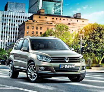 """Volkswagen Tiguan.""""Ruée sur les SUV"""" Il y a quatre ans, les 4 x 4 représentaient moins de 10 % du marché. Ils dépasseront les 30 % en 2015, soit une voiture sur trois. Chronique d'un succès qui ne fait que commencer."""