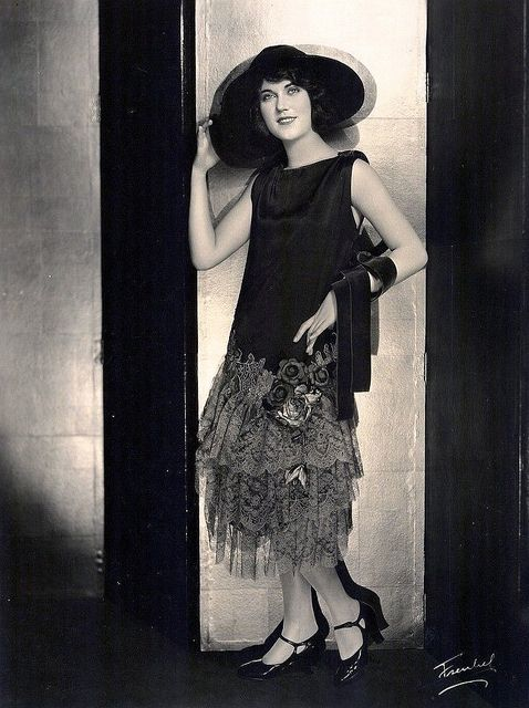Fashion in The '20's & 30's (2)