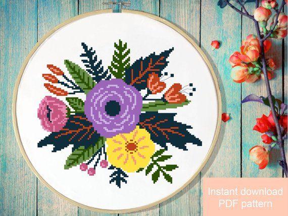 Floral Modern Cross Stitch Pattern, flower wreath counted cross