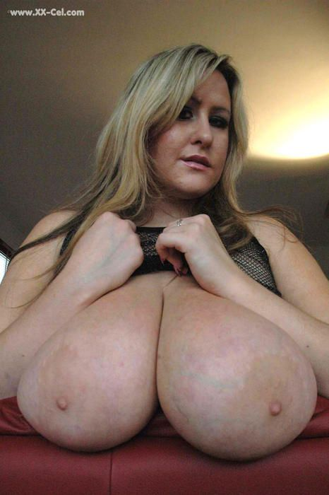 Actresses nude in public