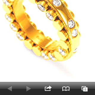 This ring is amazing. 3.30 carat of gorgeousness. Dizzler Ring I heart you xxxx