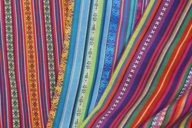 Mexicaanse stoffen met strepen in vrolijke kleuren!