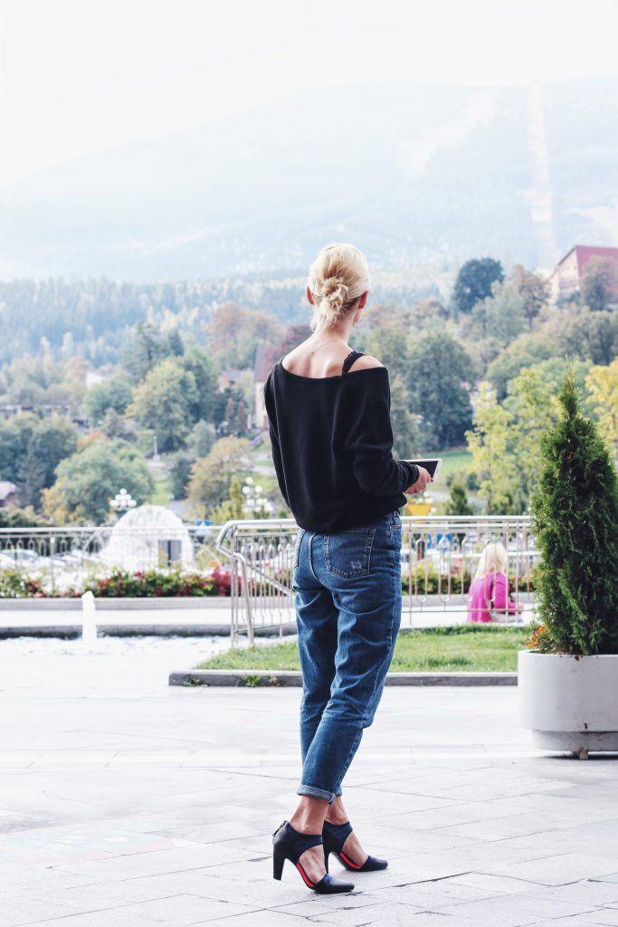Kaszmirowy sweter z sieciówki - cosmicflower.pl