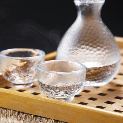 酒器 Glass