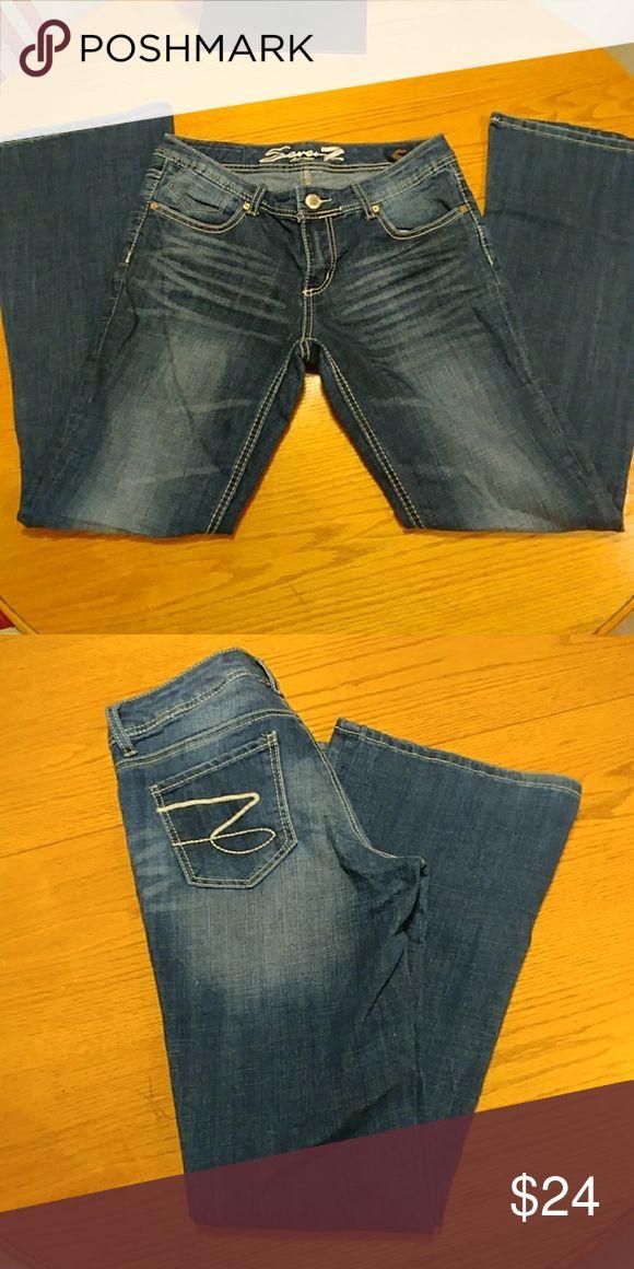 Seven est 1064 woman jeans size 8 Woman jean size 8 Seven7 Jeans Boot Cut