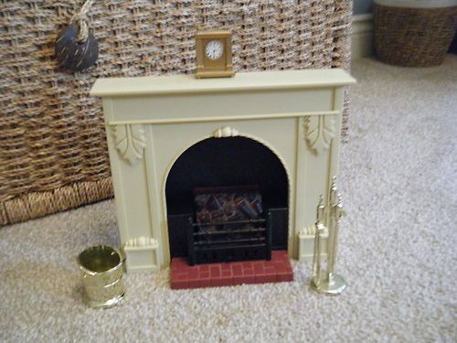 Sindy fireplace