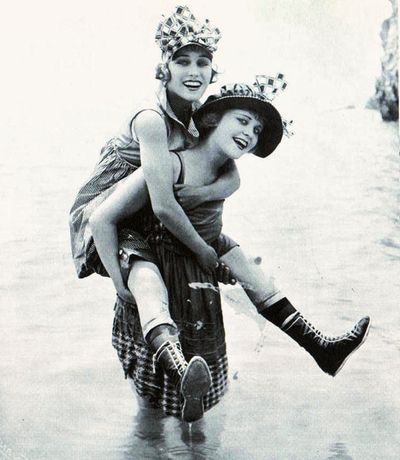 Mack Sennett Bathing Beauties Gloria Swanson and Phyllis Haver c.1917