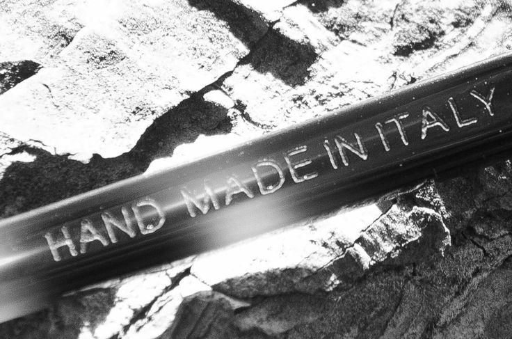 HAND MADE IN ITALY // DELIRIOUS EYEWEAR    CUSTOM SUNGLASSES  OCCHIALI ARTIGIANALI ITALIANI