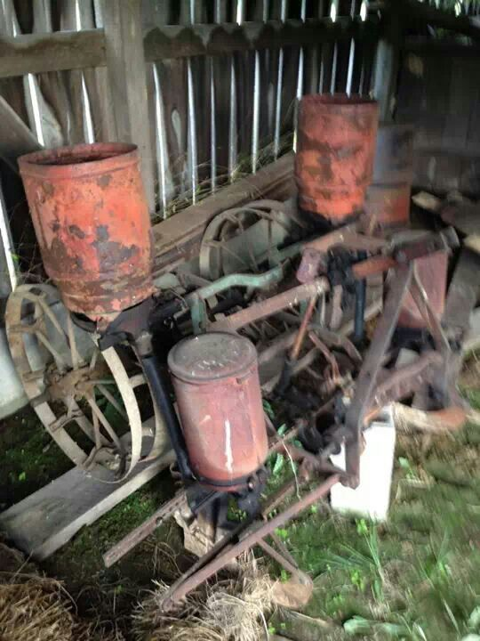 Antique Case Tractor Seats : Case row corn planter ☮ farm implements and parts